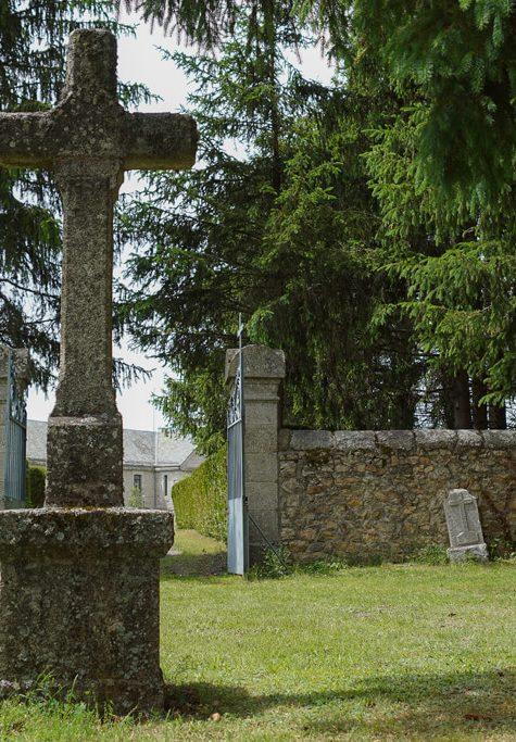 Le cimetière des fous à Saint-Alban-sur-Limagnole©Jean-Sébastien Caron